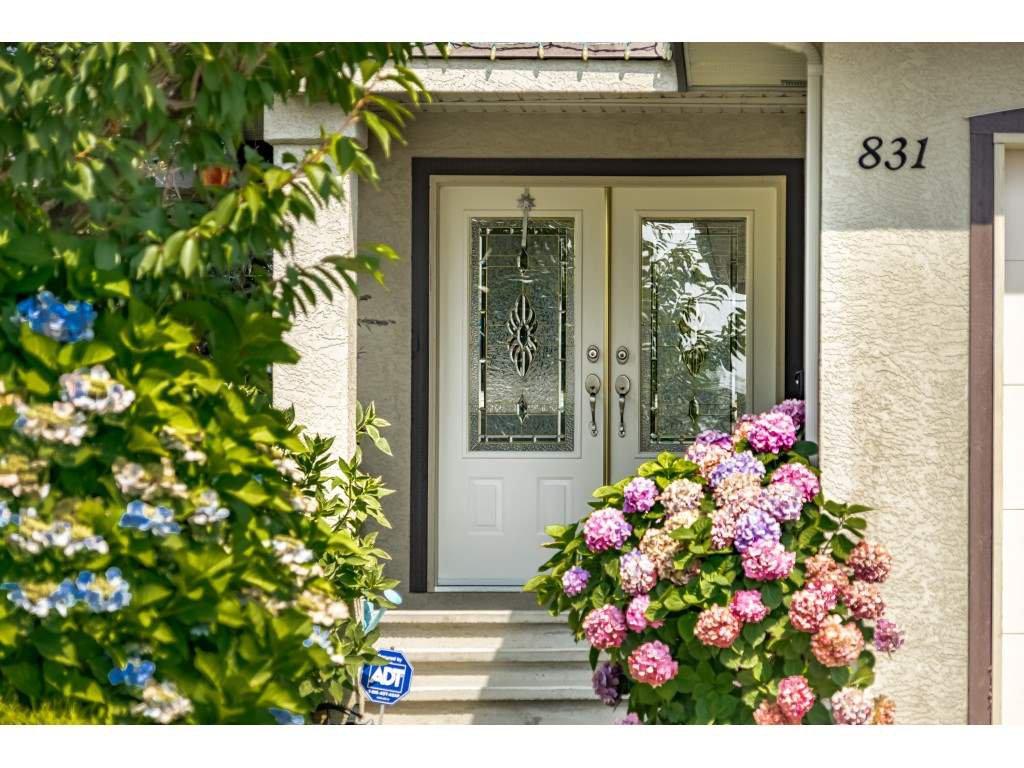 Photo 2: Photos: 831 QUADLING Avenue in Coquitlam: Coquitlam West House 1/2 Duplex for sale : MLS®# R2412905