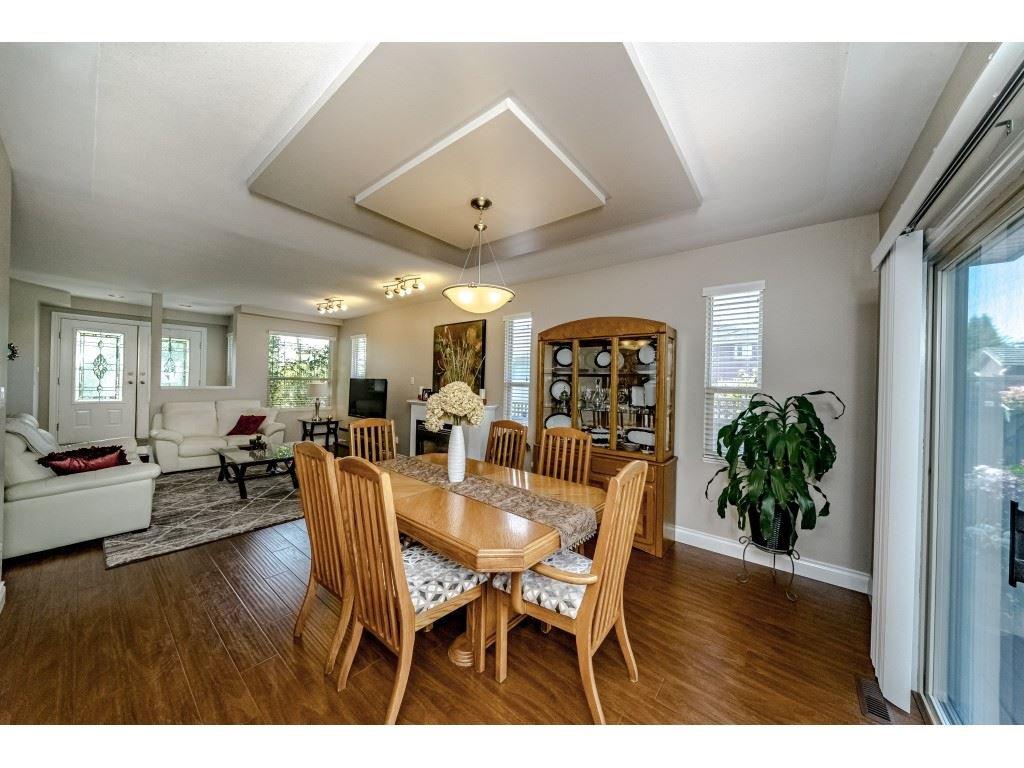 Photo 10: Photos: 831 QUADLING Avenue in Coquitlam: Coquitlam West House 1/2 Duplex for sale : MLS®# R2412905