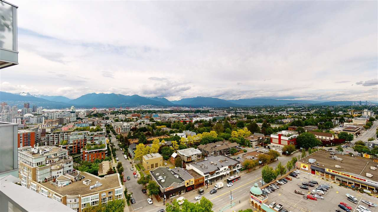 "Main Photo: 2003 285 E 10TH Avenue in Vancouver: Mount Pleasant VE Condo for sale in ""THE INDEPENDENT BY RIZE ALLIANCE"" (Vancouver East)  : MLS®# R2463458"