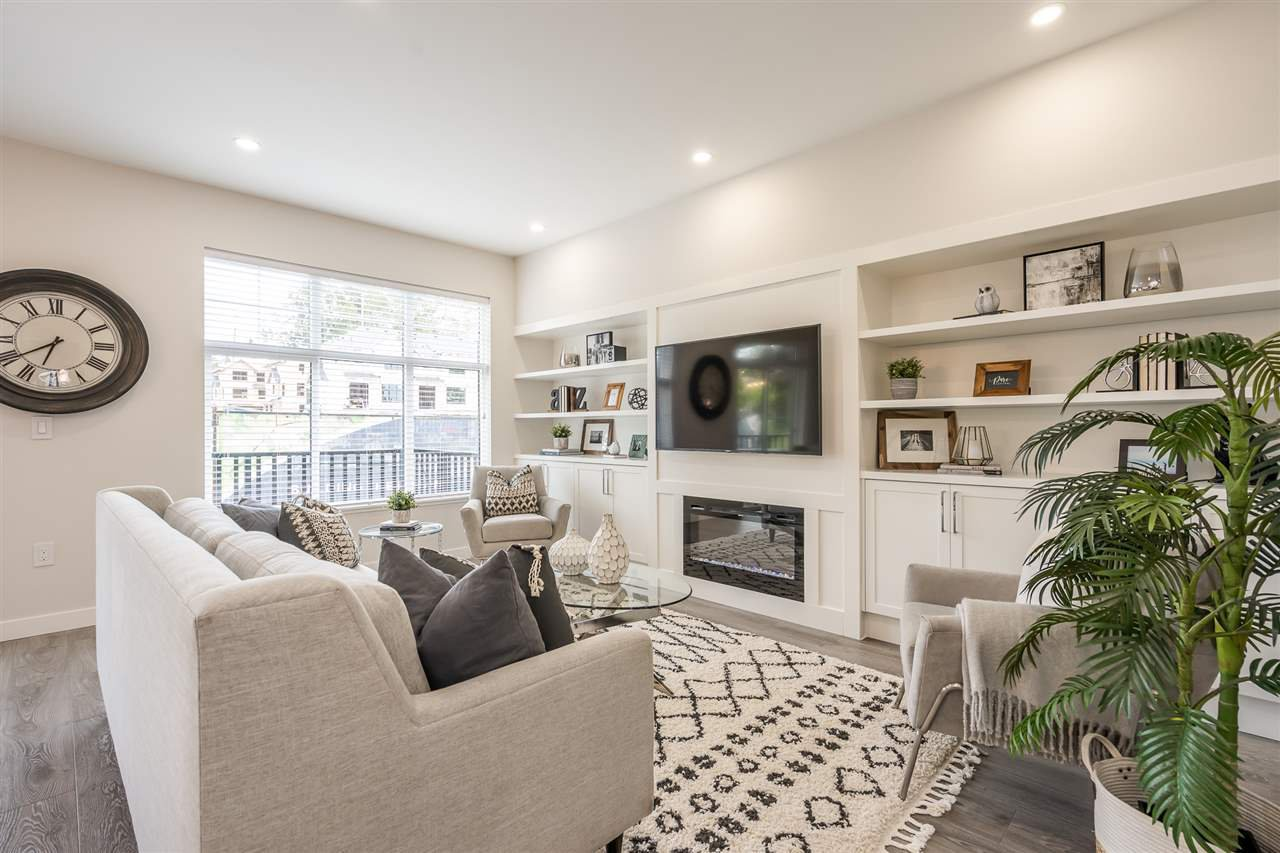 """Photo 6: Photos: 42 20327 72B Avenue in Langley: Willoughby Heights Townhouse for sale in """"TRIBUTE BY ESSENCE"""" : MLS®# R2464917"""