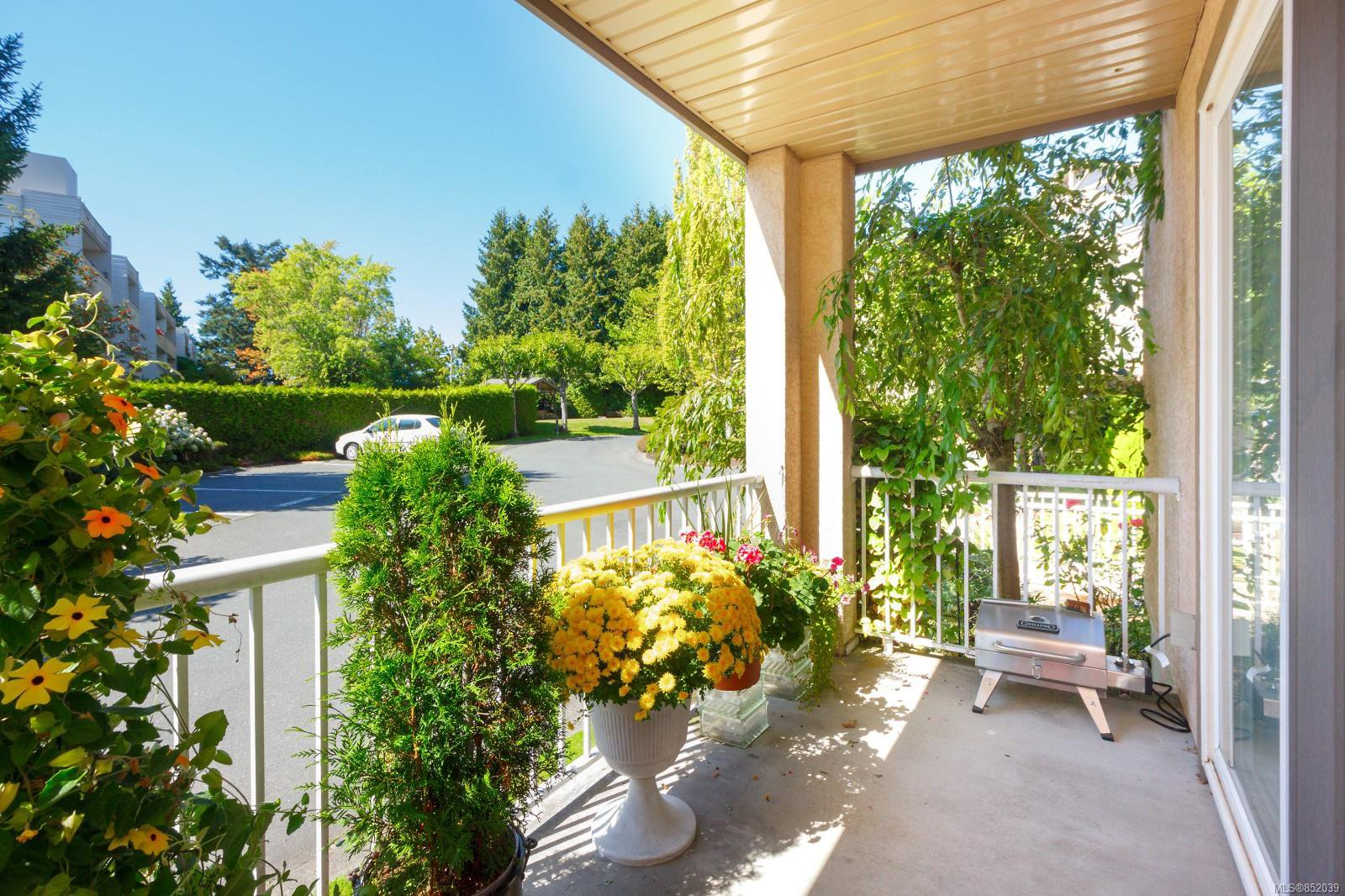 Photo 20: Photos: 109 1240 Verdier Ave in : CS Brentwood Bay Condo for sale (Central Saanich)  : MLS®# 852039