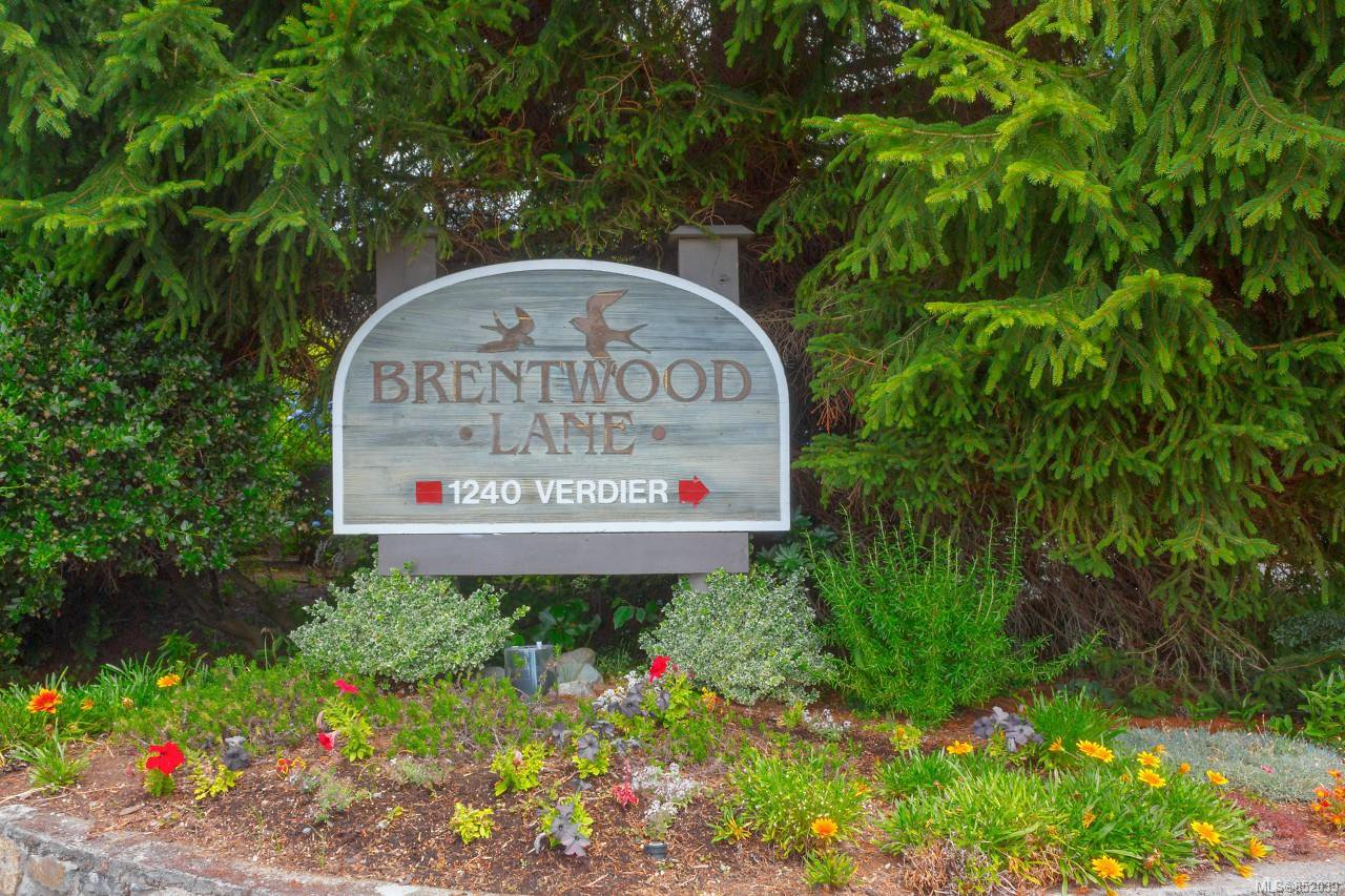 Photo 3: Photos: 109 1240 Verdier Ave in : CS Brentwood Bay Condo for sale (Central Saanich)  : MLS®# 852039