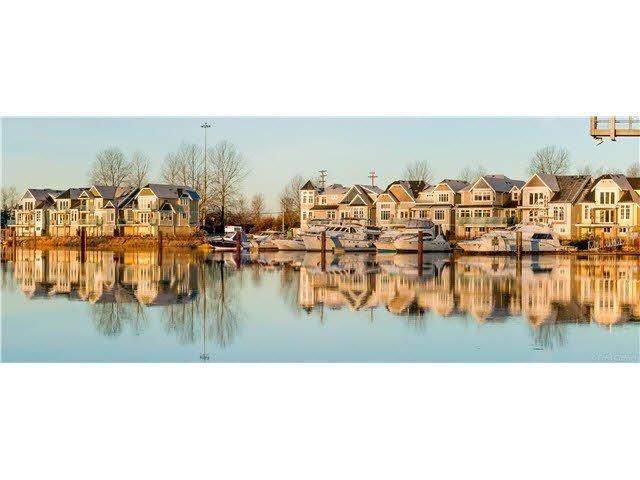 Main Photo: 9 23740 DYKE ROAD in : Hamilton RI House for sale : MLS®# V1135055