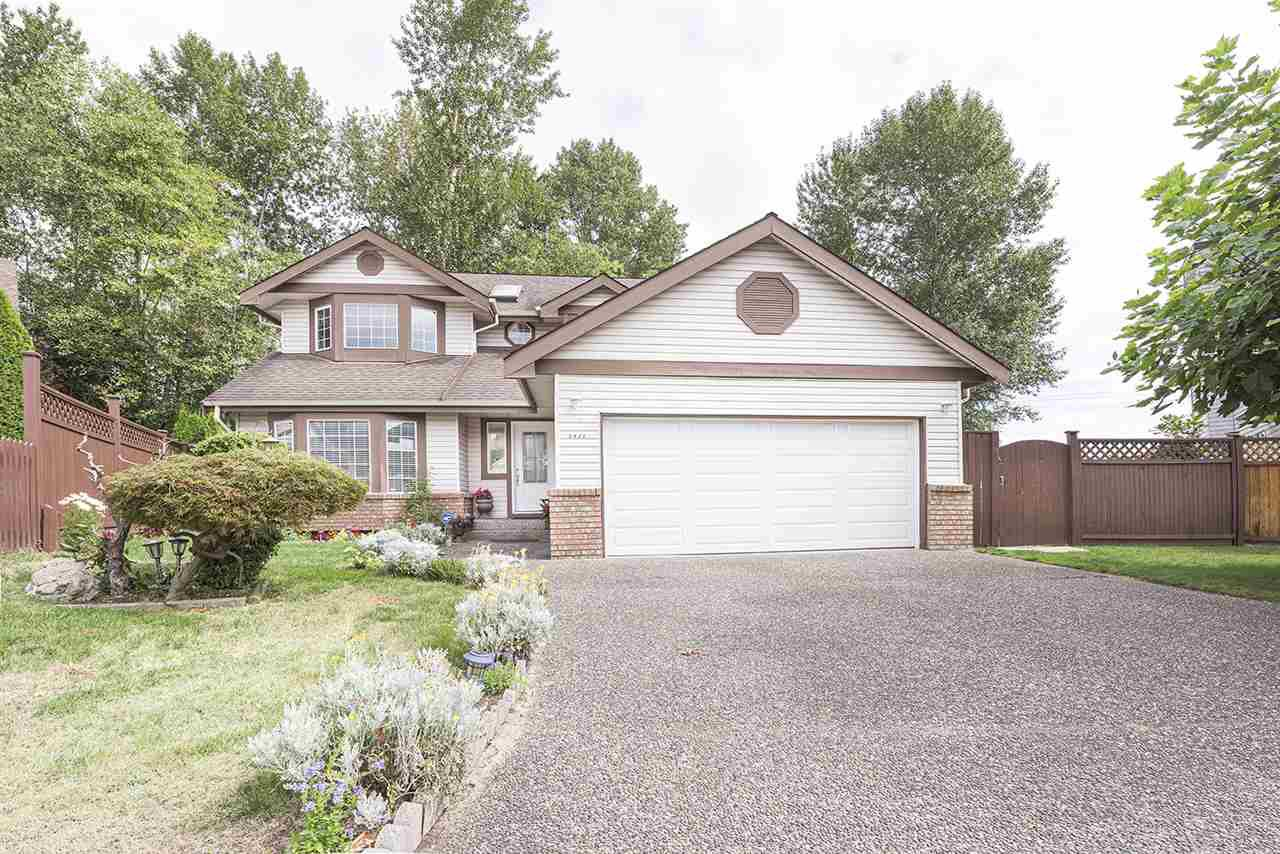 Main Photo: 2428 MARIANA Place in Coquitlam: Cape Horn House for sale : MLS®# R2493106