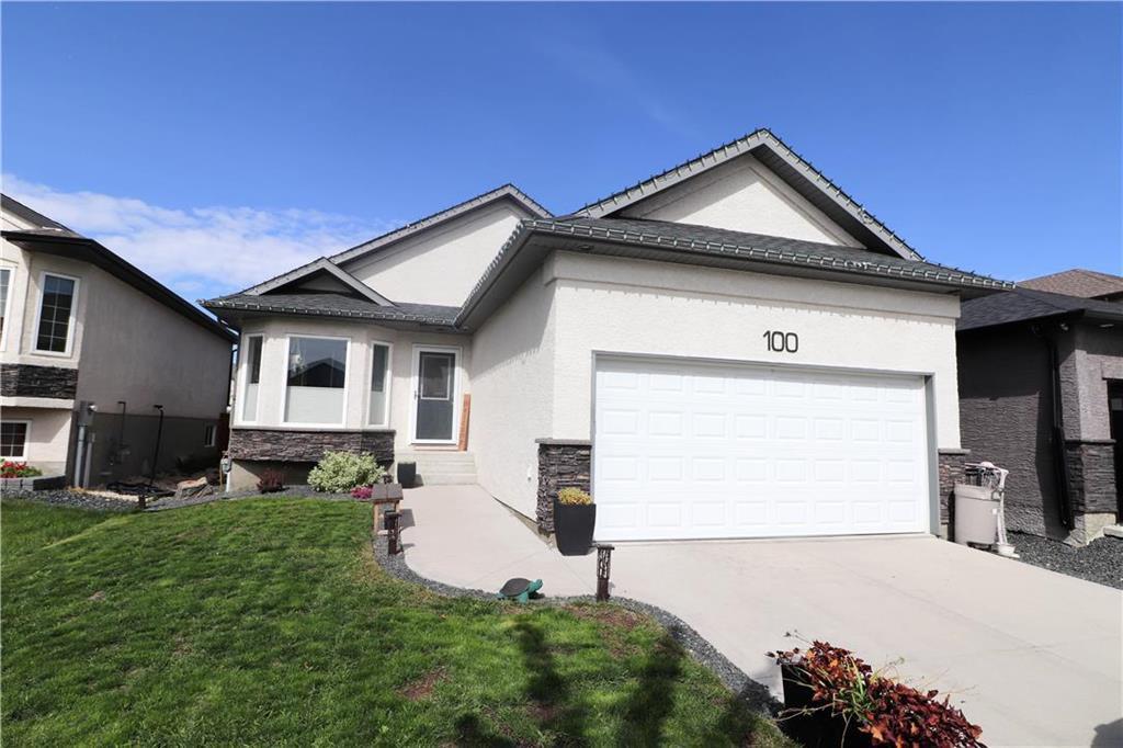 Main Photo: 100 Bridgewood Drive in Winnipeg: Bridgewood Estates Residential for sale (3J)  : MLS®# 202023846