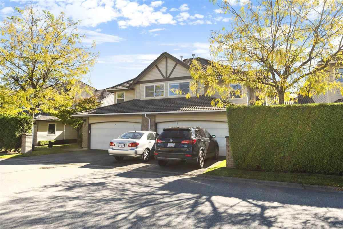 """Main Photo: 11 758 RIVERSIDE Drive in Port Coquitlam: Riverwood Townhouse for sale in """"Riverlane Estates"""" : MLS®# R2503975"""