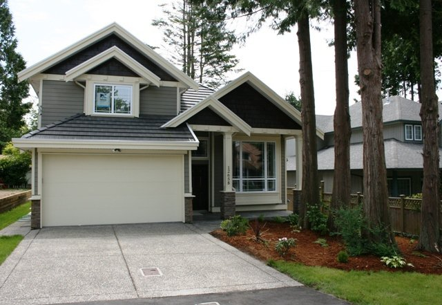 Main Photo: 12658 16 Avenue in South Surrey: Home for sale : MLS®# F2731188