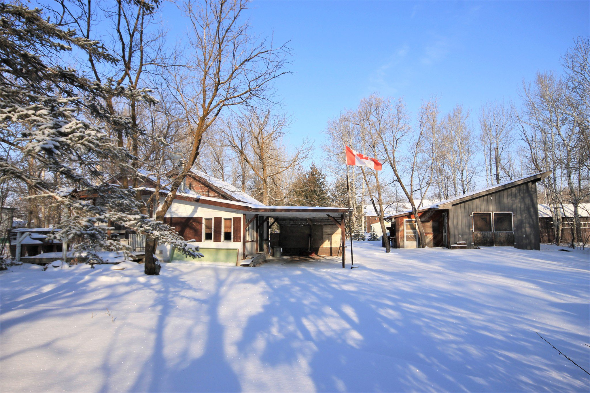 Main Photo: 54 Tetrault Drive in St Malo: Residential for sale (R17)  : MLS®# 202001119