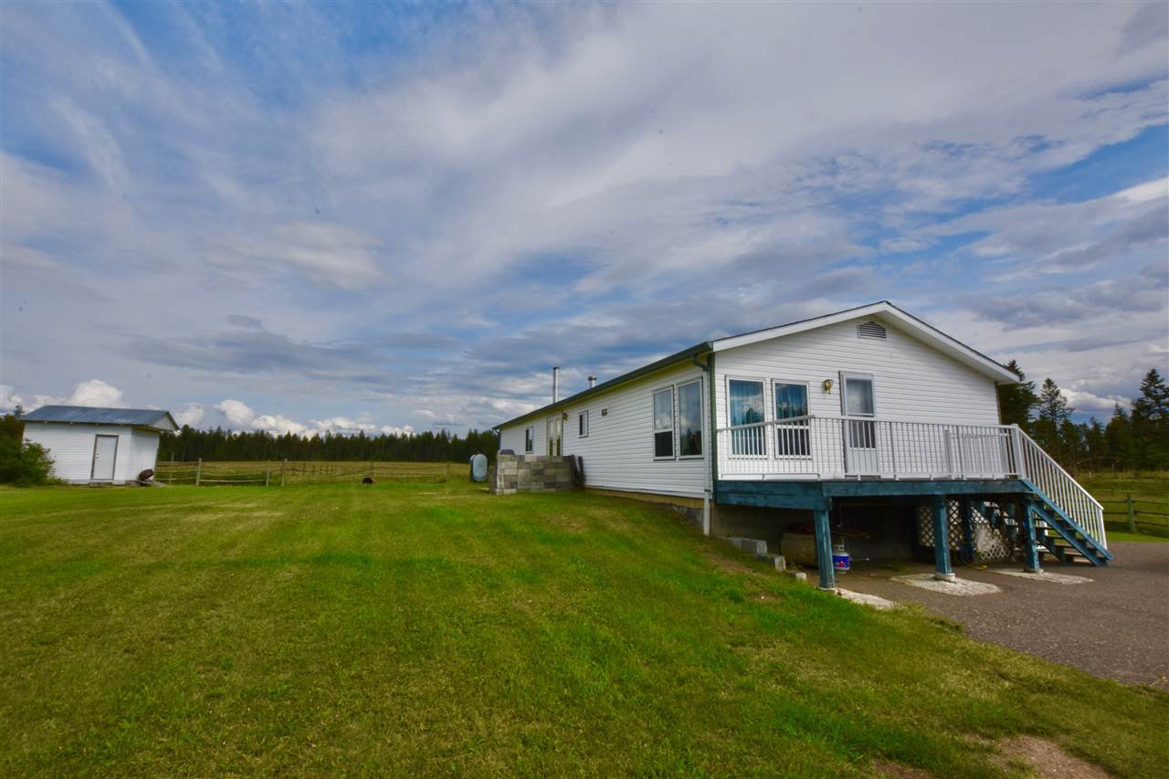 Main Photo: 1064 ANDERSON Road in Williams Lake: Esler/Dog Creek Manufactured Home for sale (Williams Lake (Zone 27))  : MLS®# R2444437