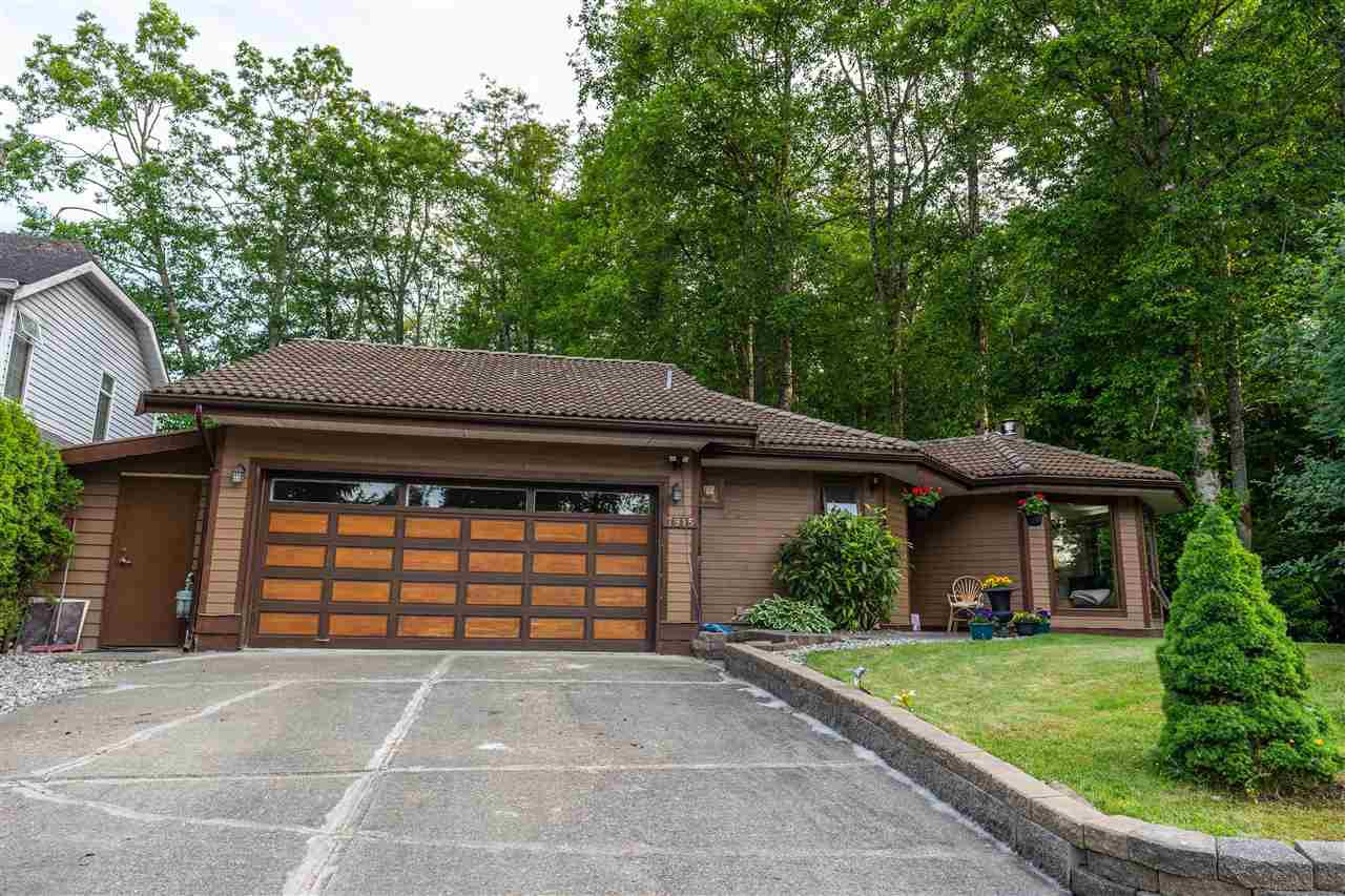 Main Photo: 7915 143A Street in Surrey: East Newton House for sale : MLS®# R2460020