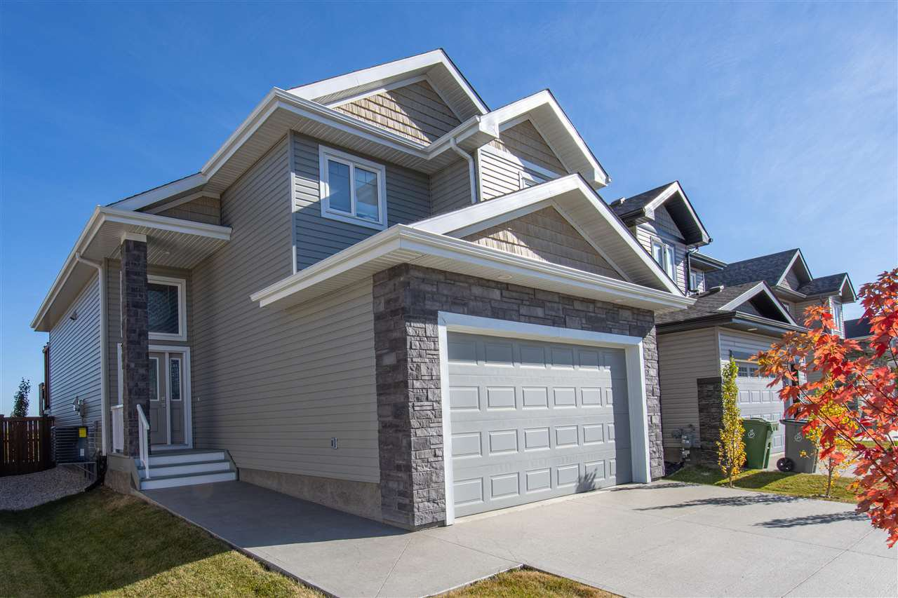 Main Photo: 10611 96 Street: Morinville House for sale : MLS®# E4216564