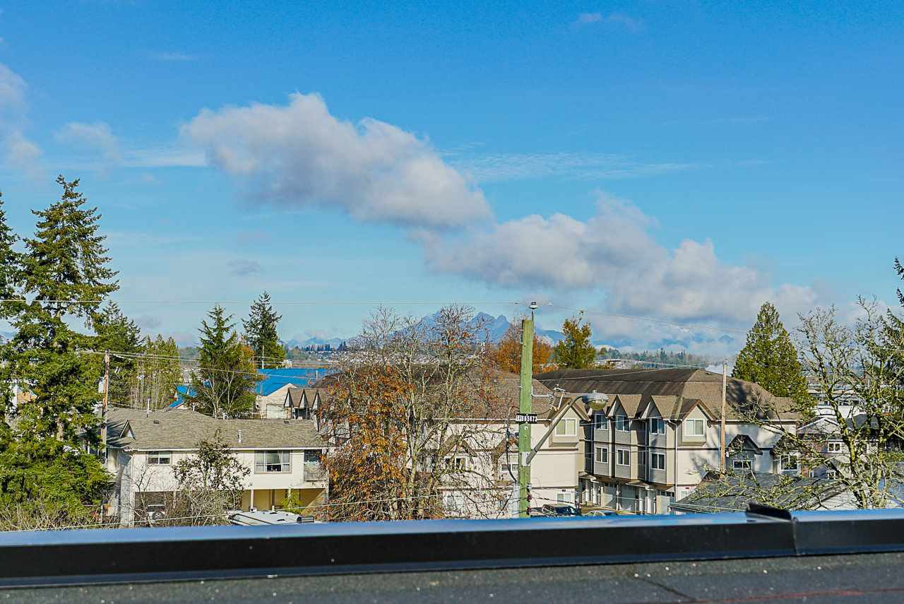 Photo 20: Photos: 16 19670 55A Avenue in Langley: Langley City Townhouse for sale : MLS®# R2426679