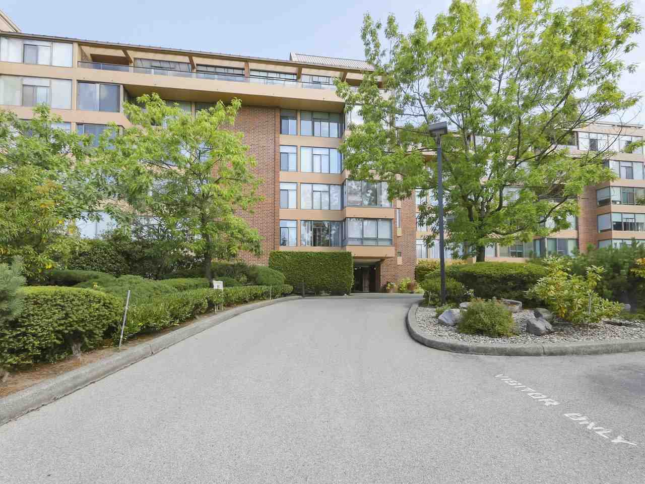 "Main Photo: 310 2101 MCMULLEN Avenue in Vancouver: Quilchena Condo for sale in ""Arbutus Village"" (Vancouver West)  : MLS®# R2478885"