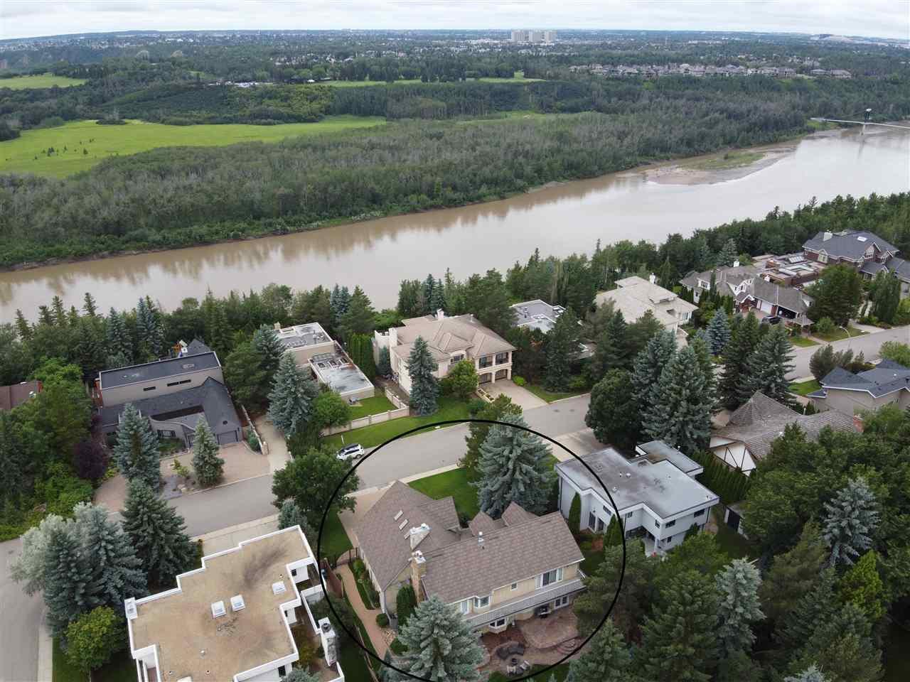 Main Photo: 5009 154 Street in Edmonton: Zone 14 House for sale : MLS®# E4207611