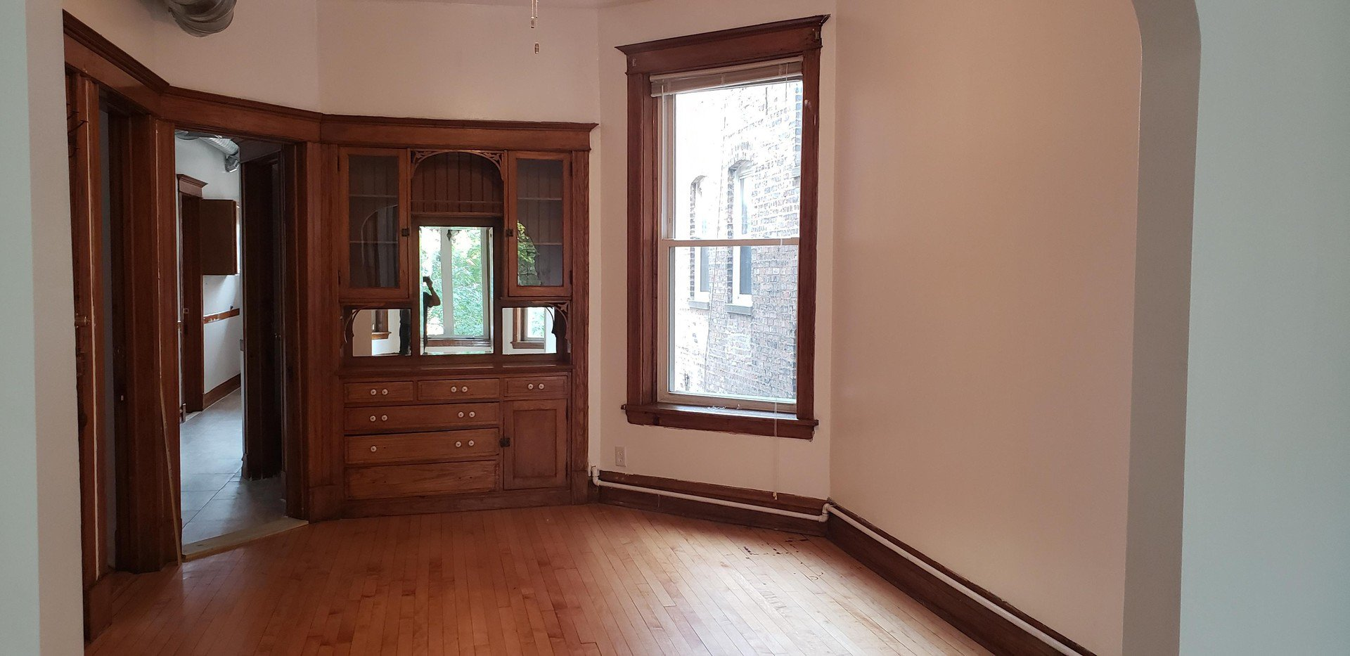 Photo 4: Photos: 2715 Evergreen Avenue Unit 2 in Chicago: CHI - West Town Residential Lease for lease ()  : MLS®# MRD10877768