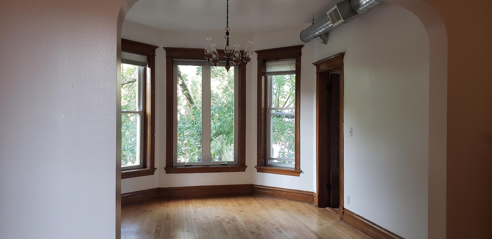 Photo 3: Photos: 2715 Evergreen Avenue Unit 2 in Chicago: CHI - West Town Residential Lease for lease ()  : MLS®# MRD10877768
