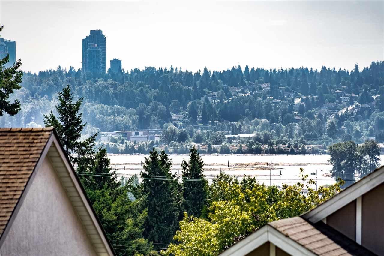 Photo 16: Photos: 833 QUADLING Avenue in Coquitlam: Coquitlam West House 1/2 Duplex for sale : MLS®# R2407327