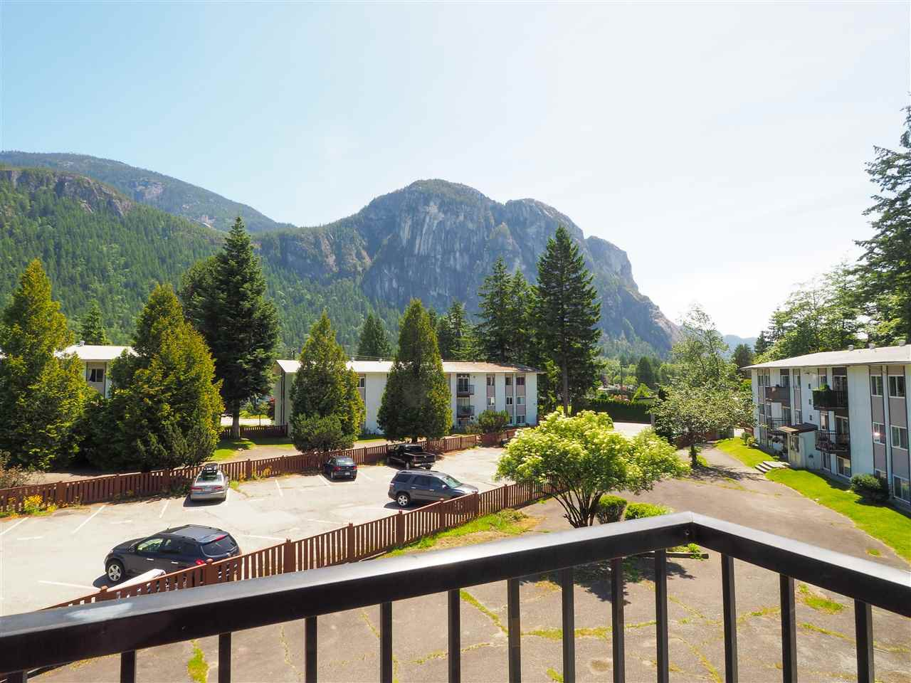 "Main Photo: 84 38181 WESTWAY Avenue in Squamish: Valleycliffe Condo for sale in ""Westway Village"" : MLS®# R2468021"