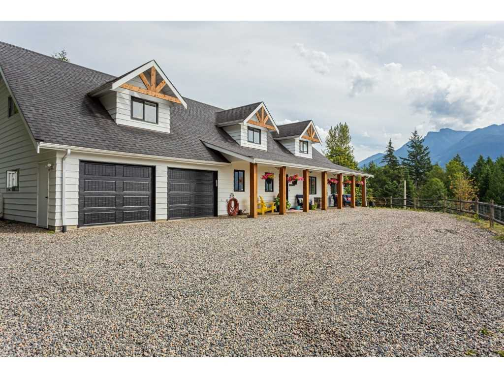 "Main Photo: 49205 ELK VIEW Road in Chilliwack: Ryder Lake House for sale in ""SUB AREA 42"" (Sardis)  : MLS®# R2490123"