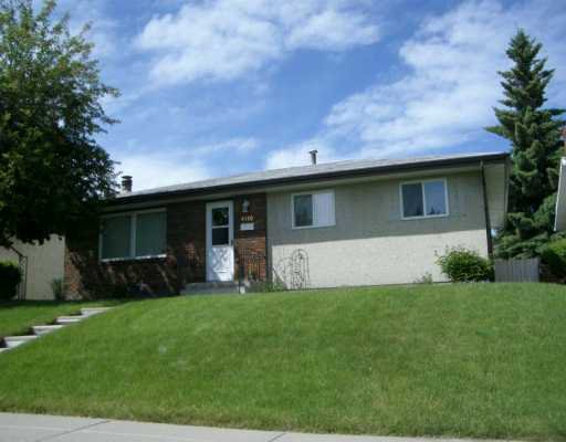 Main Photo:  in CALGARY: Marlborough Residential Detached Single Family for sale (Calgary)  : MLS®# C3214526