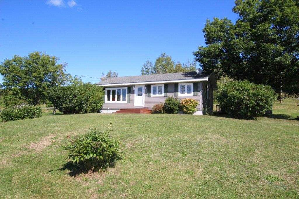 Main Photo: 10470 Sherbrooke Road in New Glasgow: 108-Rural Pictou County Residential for sale (Northern Region)  : MLS®# 202001946