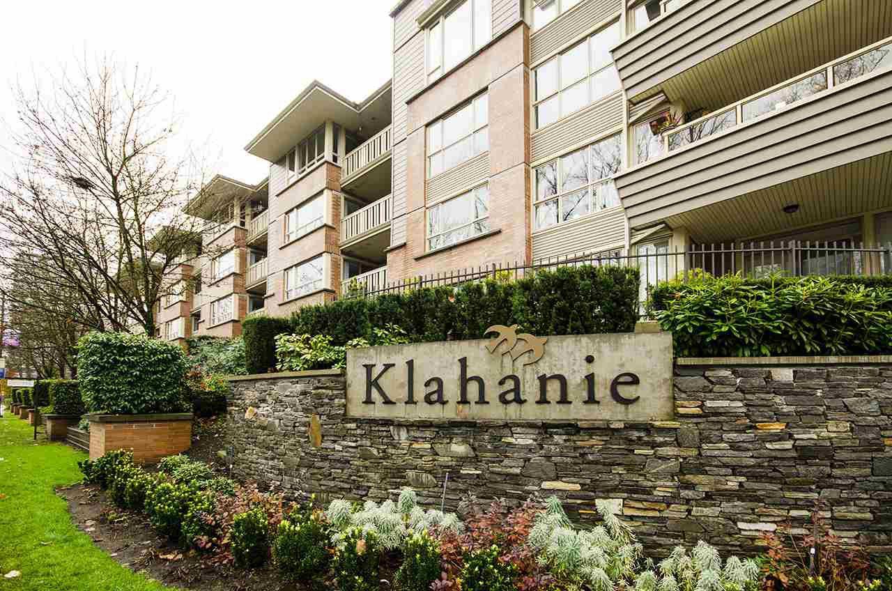"Main Photo: 407 801 KLAHANIE Drive in Port Moody: Port Moody Centre Condo for sale in ""Inglenook"" : MLS®# R2419189"