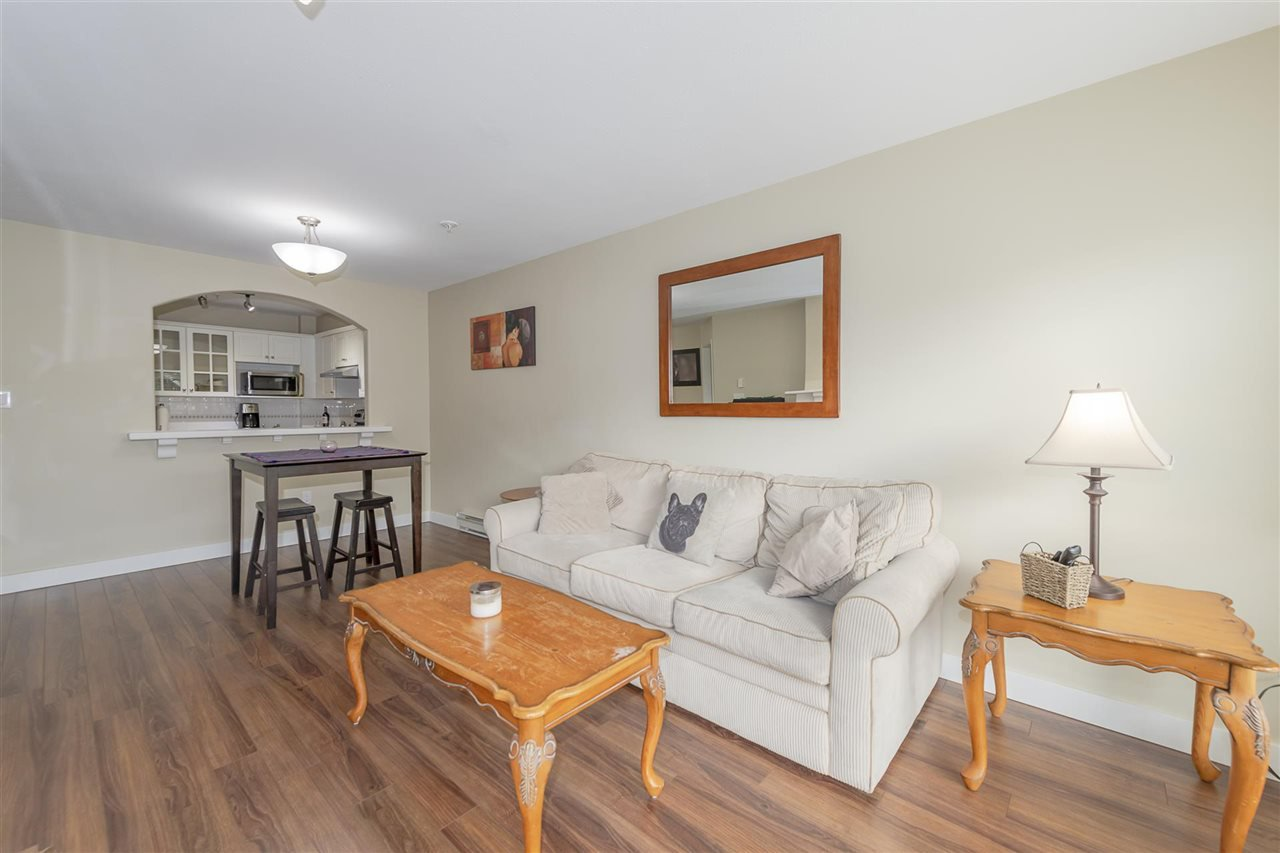 Main Photo: 314 5500 LYNAS Lane in Richmond: Riverdale RI Condo for sale : MLS®# R2444785