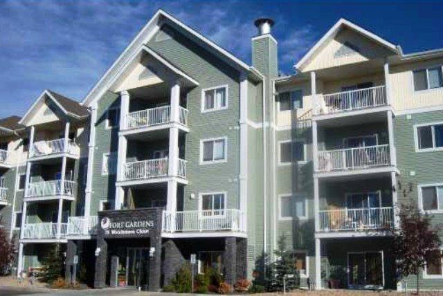 Main Photo: 405 70 WOODSMERE Close: Fort Saskatchewan Condo for sale : MLS®# E4201066