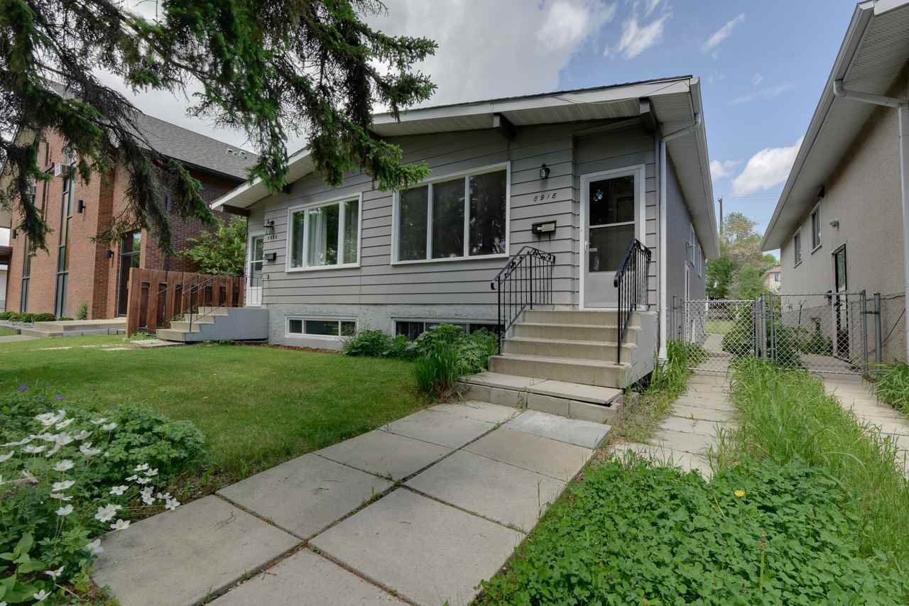 Main Photo: 8918 83 Avenue in Edmonton: Zone 18 House Half Duplex for sale : MLS®# E4201789