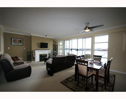 Main Photo: 210 2020 E KENT AVE SOUTH AVENUE in : South Marine Condo for sale (Vancouver East)  : MLS®# V808952