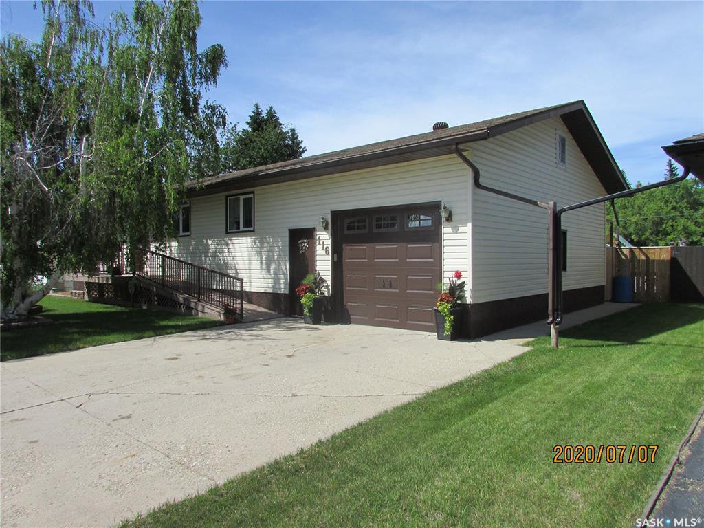 Main Photo: 116 2nd Street North in Wakaw: Residential for sale : MLS®# SK816805