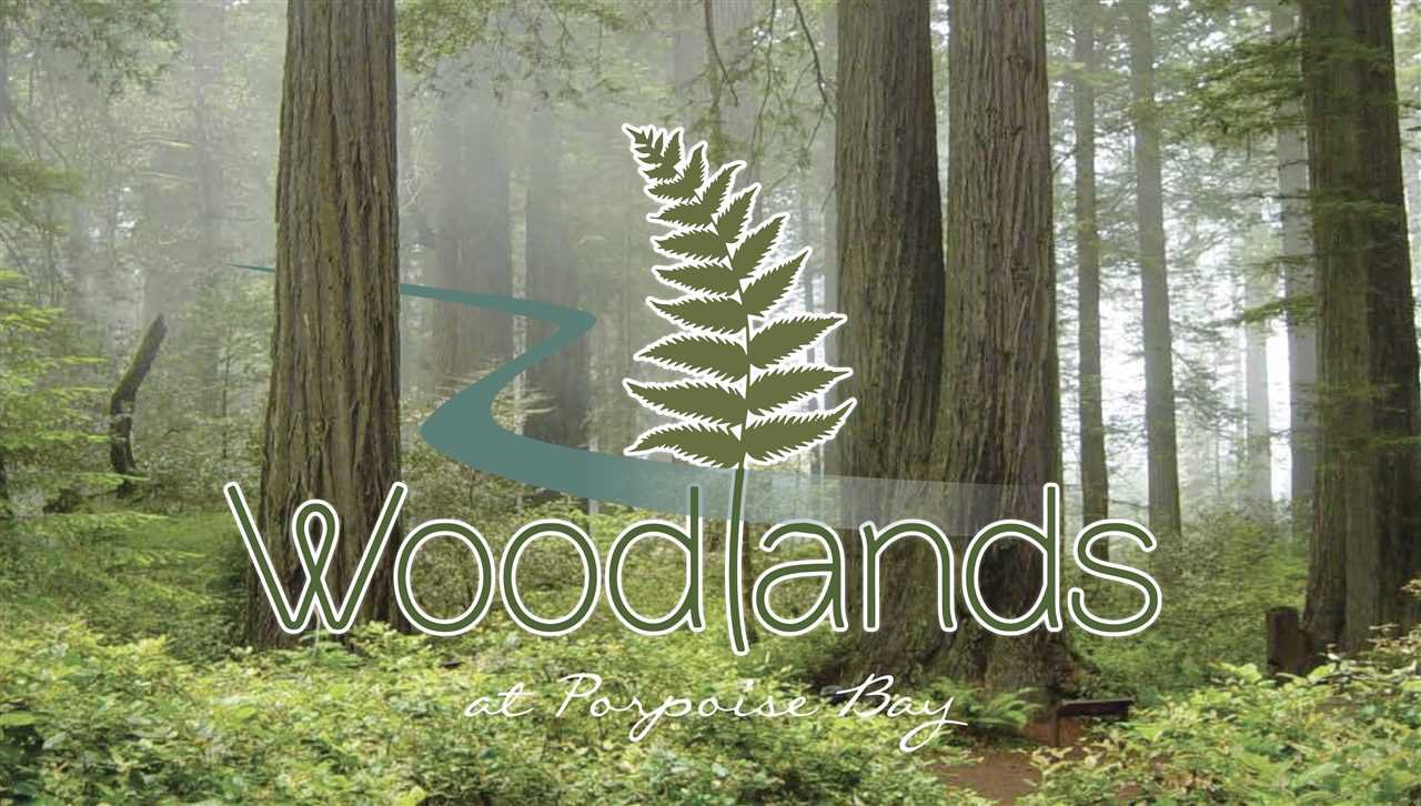 """Main Photo: 6078 ROSEWOOD Place in Sechelt: Sechelt District House for sale in """"THE WOODLANDS"""" (Sunshine Coast)  : MLS®# R2524498"""