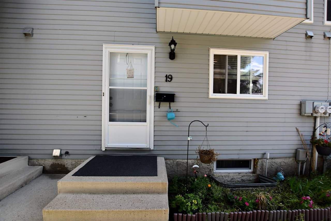 Main Photo: 19 1415 62 Street in Edmonton: Zone 29 Townhouse for sale : MLS®# E4171082
