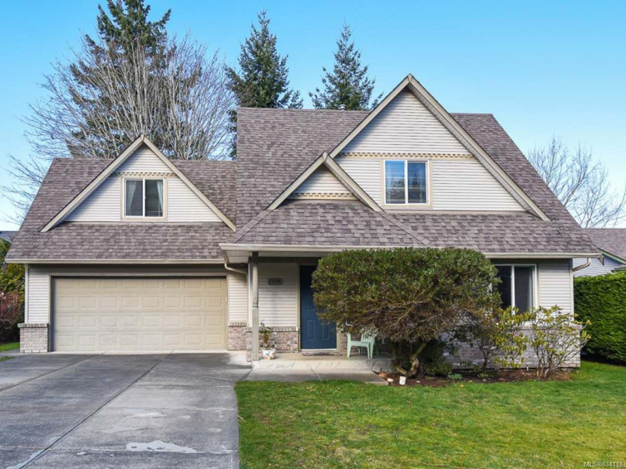 Main Photo: 2304 Heron Cres in COMOX: CV Comox (Town of) House for sale (Comox Valley)  : MLS®# 834118