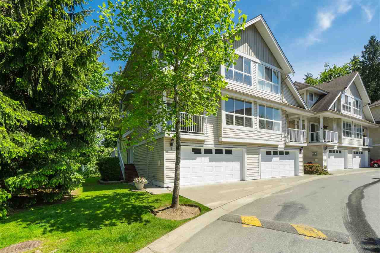 "Main Photo: 1 8568 209 Street in Langley: Walnut Grove Townhouse for sale in ""Creekside Estates"" : MLS®# R2408497"