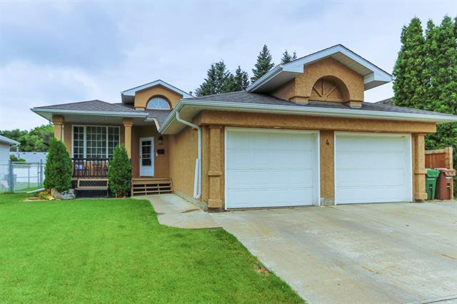 Main Photo: 4 GRANDIN LN in St. Albert: Zone 24 House for sale : MLS®# E4166911