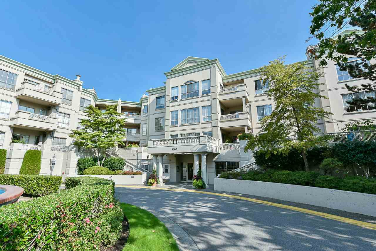 """Main Photo: 117 8580 GENERAL CURRIE Road in Richmond: Brighouse South Condo for sale in """"QUEEN'S GATE"""" : MLS®# R2505419"""