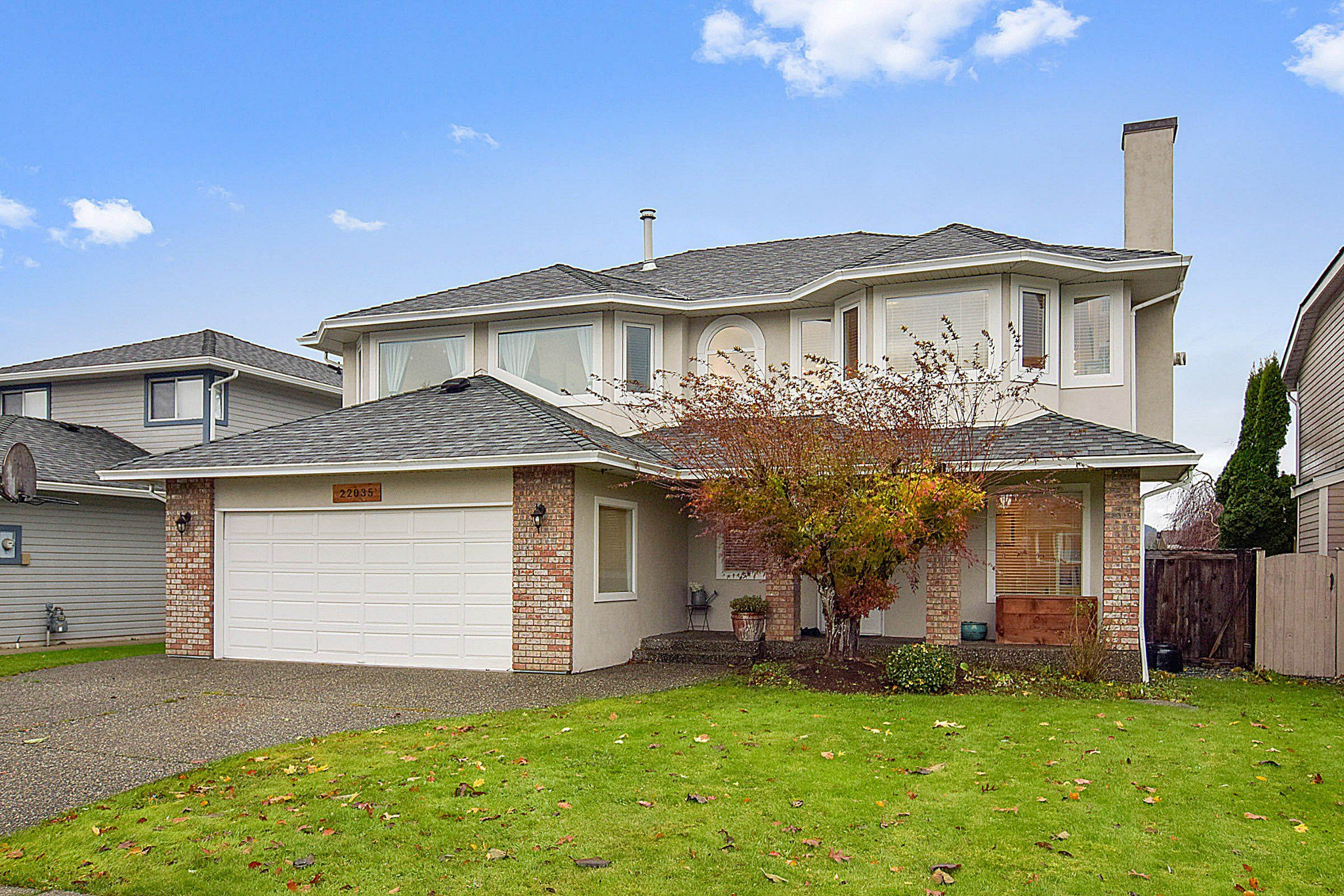 Main Photo: 22035 126 Avenue in Maple Ridge: West Central House for sale : MLS®# R2518759