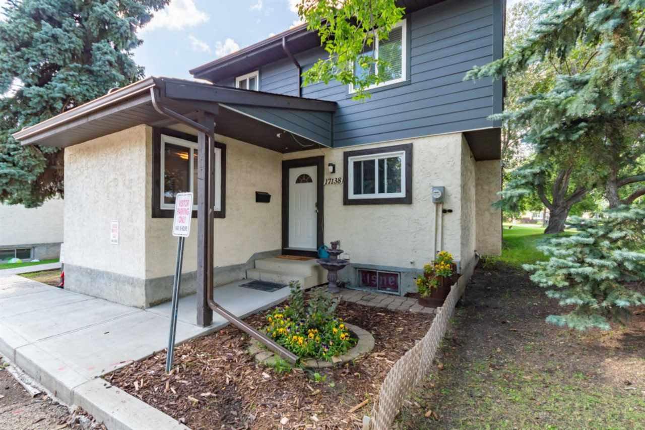 Main Photo: 17138 100 Street in Edmonton: Zone 27 Townhouse for sale : MLS®# E4170026
