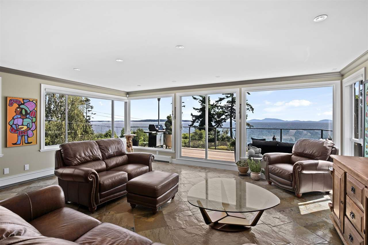 """Photo 17: Photos: 1297 132B Street in Surrey: Crescent Bch Ocean Pk. House for sale in """"WATERFRONT WITH BEACH ACCESS"""" (South Surrey White Rock)  : MLS®# R2478250"""