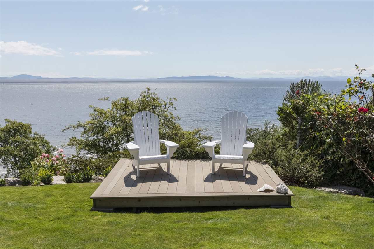"""Photo 2: Photos: 1297 132B Street in Surrey: Crescent Bch Ocean Pk. House for sale in """"WATERFRONT WITH BEACH ACCESS"""" (South Surrey White Rock)  : MLS®# R2478250"""
