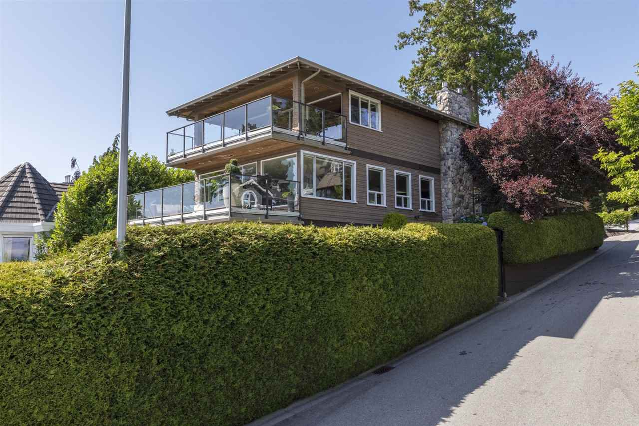 """Photo 6: Photos: 1297 132B Street in Surrey: Crescent Bch Ocean Pk. House for sale in """"WATERFRONT WITH BEACH ACCESS"""" (South Surrey White Rock)  : MLS®# R2478250"""