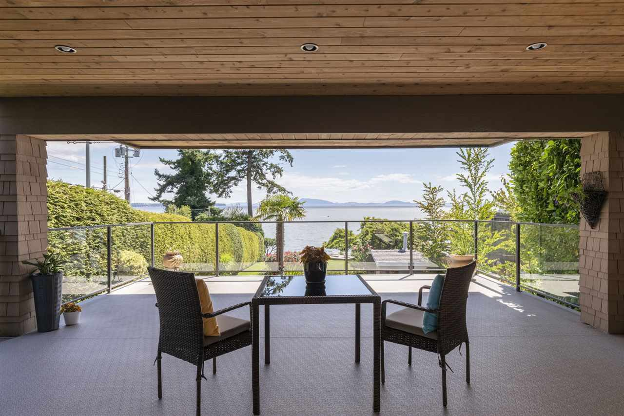 """Photo 31: Photos: 1297 132B Street in Surrey: Crescent Bch Ocean Pk. House for sale in """"WATERFRONT WITH BEACH ACCESS"""" (South Surrey White Rock)  : MLS®# R2478250"""