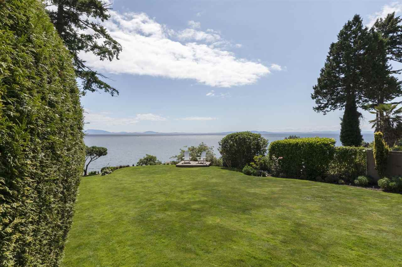 """Photo 5: Photos: 1297 132B Street in Surrey: Crescent Bch Ocean Pk. House for sale in """"WATERFRONT WITH BEACH ACCESS"""" (South Surrey White Rock)  : MLS®# R2478250"""