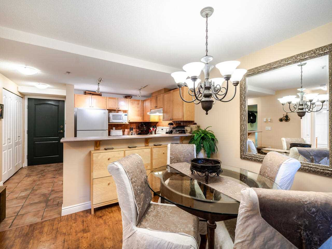 "Main Photo: 9 3036 W 4TH Avenue in Vancouver: Kitsilano Condo for sale in ""SANTA BARBARA"" (Vancouver West)  : MLS®# R2518468"