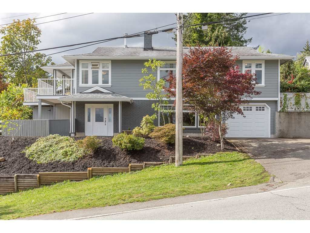 """Main Photo: 7731 DUNSMUIR Street in Mission: Mission BC House for sale in """"Heritage Park Area"""" : MLS®# R2515674"""