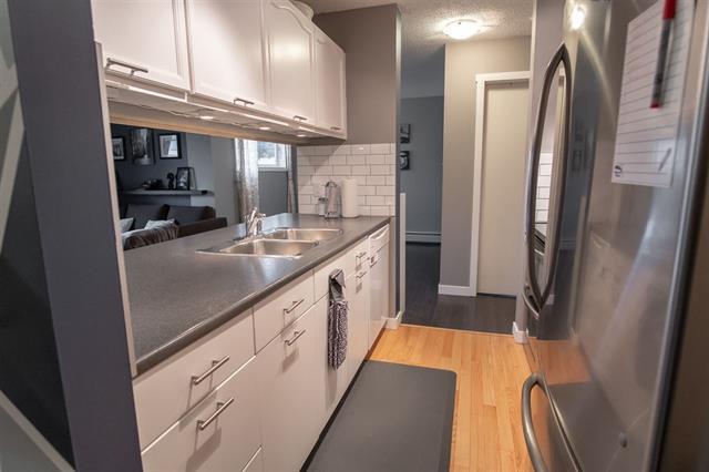 Main Photo: 121 12618 152 AV NW in Edmonton: Zone 27 Condo for sale : MLS®# E4178517