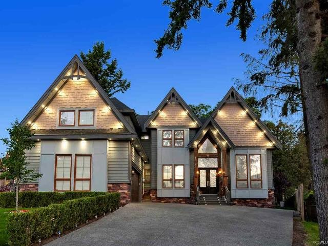 Main Photo: 15026 ASHBY Place in Surrey: Bear Creek Green Timbers House for sale : MLS®# R2443229