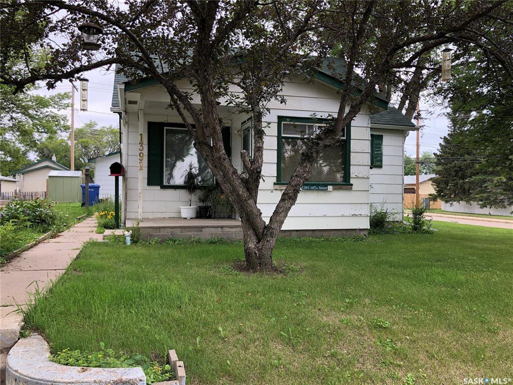 Main Photo: 1391 107th Street in North Battleford: Residential for sale : MLS®# SK818445