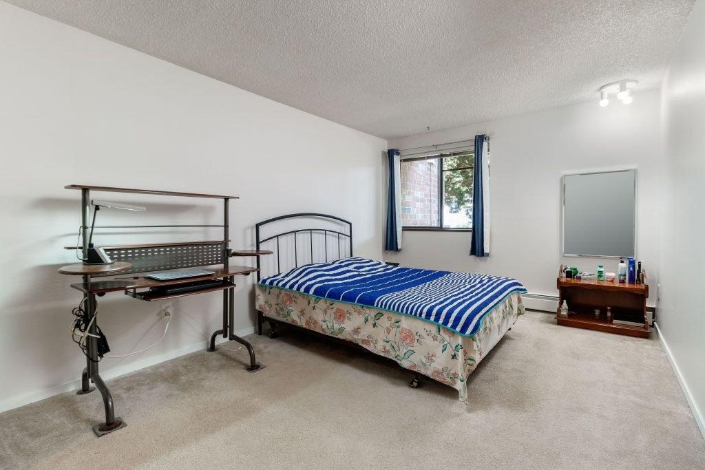 "Photo 11: Photos: 109 - 13977 - 74 Avenue in Surrey: East Newton Condo for sale in ""GLENCOE ESTATES"" : MLS®# R2389992"